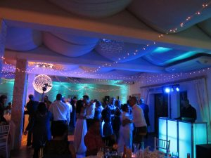 Evergreen Music hired wedding dj for an wedding at Hudson's in Stellenbosch